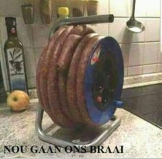 The sausage drum – Online Marketing – – Humor Bilder Funny Picture Jokes, Funny Jokes, Funny Pictures, It's Funny, Funny Stuff, Tambour, Memes Humor, Novelty Toys, Rustic Coffee Tables