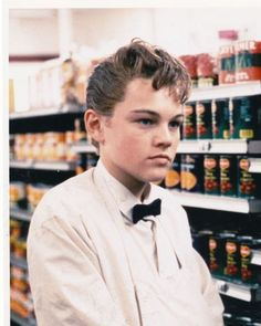 this boys life...one of my fav leonardo movies <3