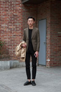 black and olive // menswear, mens style, blazer, no socks, loafers