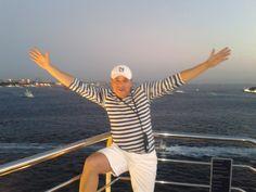 Arrivando a Olimpia, mar mediterraneo bajo