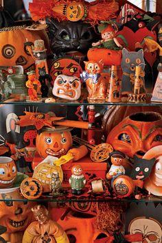 Vintage Halloween Decorations Retro Halloween, Halloween Tags, Image Halloween, Vintage Halloween Decorations, Dollar Store Halloween, Holidays Halloween, Halloween Party, Happy Halloween, Halloween Stuff