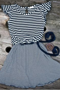 Striped sailor eco- dress made in Italy. Organic and eco fabrics dresses by Rétro, evolooktion.com #organic #eco-fashion #sailorstyle #marina #striped #righe