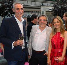 El ilustrador de moda español Arturo Elena, el diseñador español Petro Valverde y la diseñadora española de zapatos joya Patricia Rosales