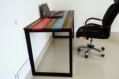 banco de hierro y madera , o pie de cama o mesa ratona
