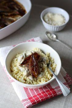 Blog Lily's Kitchen Book Échalotes rôties au balsamique & pâtes torsades sauce crémeuse aux champignons, thym & sauge