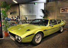 Mobil Keren Lamborghini Espada 400 GT 1968 Yellow Front View