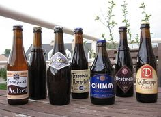 Achel, Westmalle, Rochefort, Chimay, Orval, La Trappe, West-Vleteren. Alle trappist.