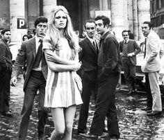Brigitte Bardot among men