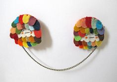 Scalloped Chain Brooch in Dozy Rainbow by catrabbitplush on Etsy, $45.00
