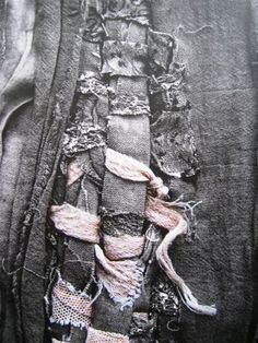 Fabric Manipulation for fashion - pretty contrasts and textures #textiles // Manon Gignoux