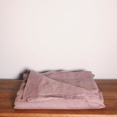 French Linen Pillow Case (Oxford Edge) – Miss Molly Eco Lux Small Throws, Large Beds, Bed Throws, Queen Size Bedding, Casual Elegance, Natural Linen, Linen Bedding, Classic Style, Duvet Covers