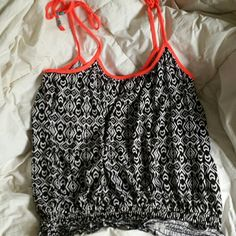 Aztec Print Strappy Tank Top | Size Large Black and white with neon pink straps. Pictures make it more of a orange color, it's not. Super cute for summer with some white shorts! Tops Tank Tops