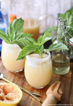 Serve up this white grapefruit margarita with basil simple syrup for a tasty twist on the classic cocktail. Orange Juice Cocktails, Grapefruit Cocktail, Wine Cocktails, Classic Cocktails, Summer Cocktails, Fun Drinks, Yummy Drinks, Cocktail Recipes, Yummy Food