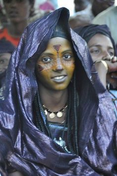 Africa | Tuareg woman. Timia festival, Air, Niger, March 2013. | Photo by Anna Marconi, from Facebook