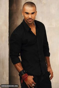 Criminal Minds - Shemar Moore  i freaking love criminal minds