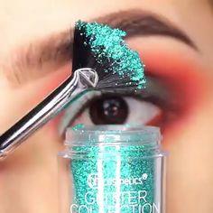 Make-Up: Here Your To do and not do List! Eye Makeup Tips, Makeup Goals, Makeup Geek, Makeup Videos, Makeup Inspo, Eyeshadow Makeup, Makeup Cosmetics, Beauty Makeup, Make Up Tutorials