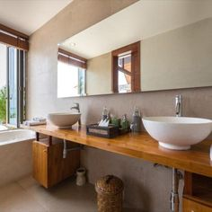 Koh Samui, Samui Thailand, Ensuite Bathrooms, Central Kitchen, Barbecue Grill, Rain Shower, Open Plan Kitchen, Guest Bedrooms, Luxury Villa