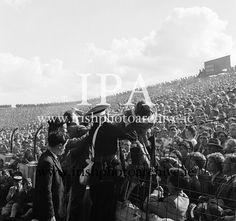 www.irishphotoarchive.ie, irishphotoarchive@gmail.com,historic photos  of Ireland,All Ireland Senior Football Final Down v. Offaly 24th September 1961..24.09.1961  24th September 1961 Football Final, Croke Park, Photo Archive, Historical Photos, Dublin, Finals, Ireland, Irish, September