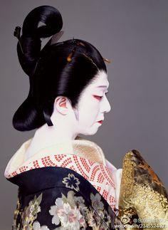 二人碗久より松山。坂東玉三郎。Tamasaburou Bandou