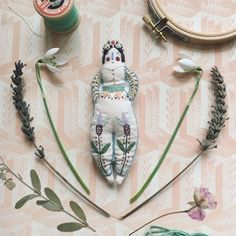 Fairy-tale Embroidery with Megan Ivy Griffiths, London - Selvedge Modern Embroidery, Beaded Embroidery, Hand Embroidery, Embroidery Designs, Hand Sewing Projects, Projects For Kids, Doll Maker, Doll Head, Soft Dolls