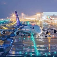 Boeing Aircraft, Airbus A380, Aviation Image, Civil Aviation, In The Air Tonight, Thai Airways, Paris Poster, Airplane Photography, Commercial Aircraft