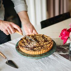 Desserts Frits, Italian Pastry Cream Recipe, Crostata Recipe, Short Pastry, Tart Filling, Chocolate Topping, Soup Recipes, Delish, Good Food