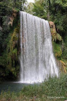 Caída de agua Nikon, digital