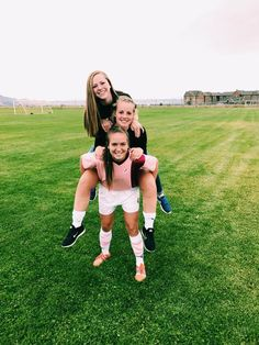 See more of ainelawlor's content on VSCO. Cute Soccer Pictures, Cute Friend Pictures, Best Friend Pictures, Sports Pictures, Bff Pics, Soccer Pics, Friend Pics, Soccer Quotes, Football Soccer
