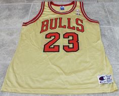 b76886c4a77986 RARE NBA CHAMPION MICHAEL JORDAN GOLD  23 CHICAGO BULLS JERSEY Sz 44 L (eBay