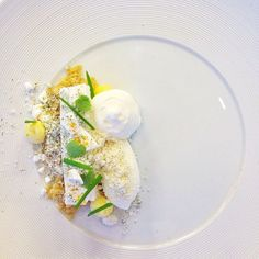 """""""Mint Cloud"""" by Swedish pastry chef Daniel who runs Pastry Design #pastry #plating #gastronomy"""