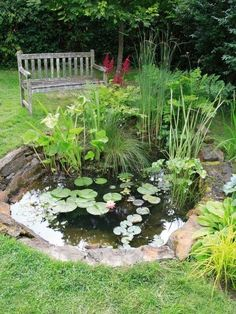 Simple Garden Pond Ideas backyard ponds ideas 20 amazing pond ideas for your backyard page 6 of 20 garden ponds Comment Faire Notre Propre Bassin De Jardin En 7 Tapes Water Gardenssmall Gardenspond Ideasgarden Ideasbackyard