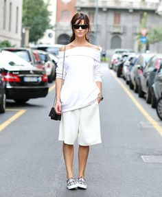 Spring trends: Long shorts and slip-on sneakers // #streetstyle #fashion // Photo via Lee Oliveira