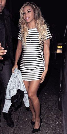 Beyonce wearing a simple striped dress - twist of 50's