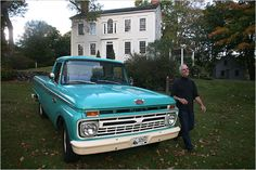 <3  1966 Ford Pickup.   Does it come in pink?