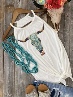 Rodeo Outfits, Cute Outfits, Sublime Shirt, Casual Tops For Women, White Women, Types Of Sleeves, Women's Western Clothing, Crew Neck, Tee Online