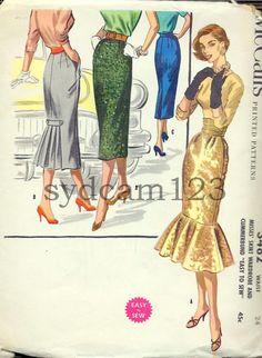 Vintage 1955 Wiggle Skirt w Bottom Flouce or Back Pleats McCalls 3482