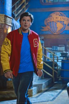 Tom Welling (Clark Kent)  in 'Smallville' (Homecoming Episode)