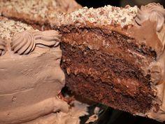 Aprenda a preparar a receita de Bolo mousse de chocolate