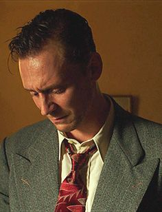 Tom Hiddleston as Hank Williams in I Saw The Light