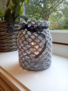 Crochet Mason Jar Lamp, free pattern, must translate blog into English