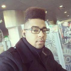 Malabá  #topfade  #glasses #hairstyle #2017