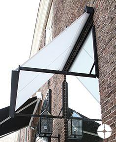 Het uitvalscherm Jan des Bouvrie is een zonwering met een strakke, design vormgeving.