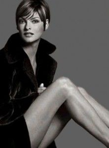 Linda Evangelista - from ages back but still great hair
