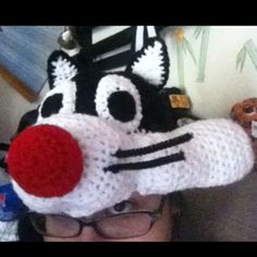 Sylvester the cat crochet hat.