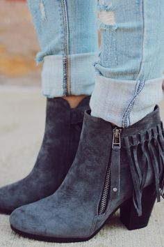 These dark charcoal grey trendy fringe lover boots are great for the fall. These Never Failing Fringe Booties go well with light colored skinnies. The fringe wraps around the whole backside of the bootie with a side zipper. Fringe Booties, Suede Booties, Bootie Boots, Shoe Boots, Calf Boots, Buy Boots, Knit Boots, Boot Socks, Women's Boots