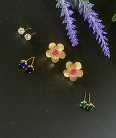 Interchangeable stud earrings/AD stones earrings / Changeable Jewelry / Bollywood/Ethnic/ small flower stud earrings / Four colors Jewelry Ads, Tribal Jewelry, Photo Jewelry, Peacock Earrings, Indian Earrings, Stone Earrings, Women's Earrings, Flower Stud, Imitation Jewelry