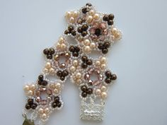 Bracelet with 4mm Pearl , 4mm Faceted Bead and size 11 SB.  Браслет из б...