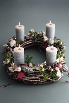 Corona de Navidad con velas