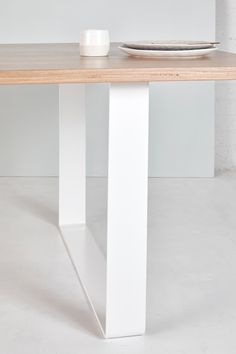 Our Stockton Dining Table exudes sleek, minimalistic coastal style. The simplicity of white powder coated legs allow the table top to truly sing! Timber Dining Table, Dining Table Legs, Modern Coastal, Coastal Style, Minimalist Home Decor, Home Reno, Home Decor Furniture, Powder, New Homes