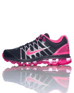 2014 cheap nike shoes for sale info collection off big discount.New nike roshe run,lebron james shoes,authentic jordans and nike foamposites 2014 online. Tennis Shoes Outfit, Nike Tennis Shoes, Nike Free Shoes, Puma Tennis, Comfy Shoes, Cute Shoes, Me Too Shoes, Work Sneakers, Girls Sneakers